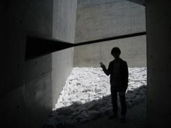 地中美術館2