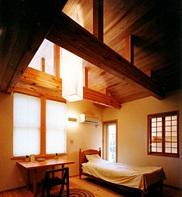 陶芸のアトリエに薪ストーブのある家05