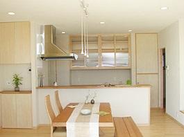 建築家と創り上げた木の温もりに包まれた家06